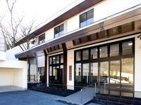 M寺様 第2斎場1F改修工事の詳細へ
